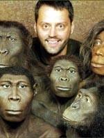Кроманьонец или Человек Разумный не является коренным жителем нашей планеты. Он генетически несовместим с Неандертальцем – коренным жителем Земли. Мы с вами все – пришельцы на этой планете. Подробнее см. сайт «Пища Ра»