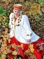 Гузель Измайлова – заслуженная артистка Башкирии, великолепный исполнитель русских народных песен
