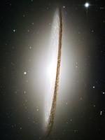 Спиральная Галактика M104 «Большое сомбреро» (фото Хаббла)