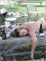 Алкогольная кома – это защитная реакция организма на попадание большой дозы алкоголя в кровь…
