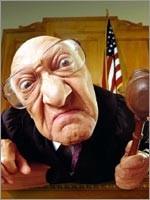 Больше всего беззакония творят те, кто должен охранять законы…
