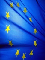Европейский Союз – ещё одно нежизнеспособное образование, позволяющее сионизму (мировой финансовой мафии) грабить множество стран одновременно…