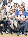 Многодетная и талантливая семья Алексеевых из Питера...