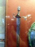 Рис.9. Пропилы на мече можно сделать только фрезой...