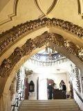 Церковь из костей, Кутна Гора, Чехия7