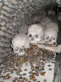 Церковь из костей, Кутна Гора, Чехия10