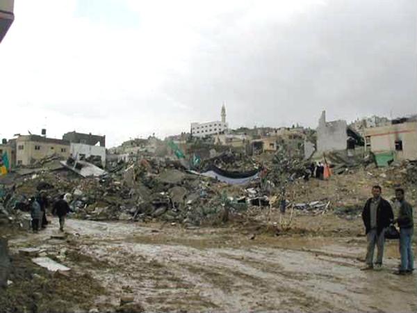 Разрушения в Дженине с помощью бульдозеров