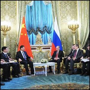 Китай укрепляет отношения с Россией в борьбе против США и Запада