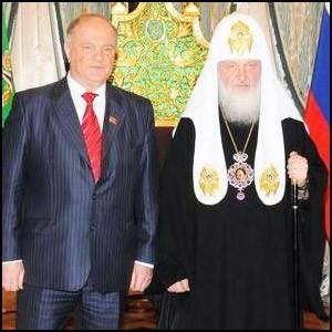 Оккупационная администрация изо всех сил навязывает России религиозное мракобесие