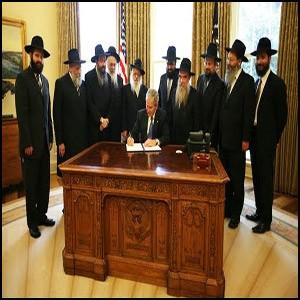 Паразитическая система маскируется мифами, как поганки – красивыми шляпками