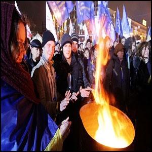 В Киеве на майдане толпа протестующих накачана наркотиками!