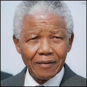 Нельсон Мандела – чёрный голубь Мира с окровавленным клювом