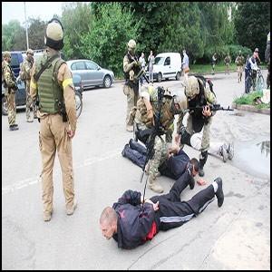 Обманутые киевляне тупо поддерживают сионистскую хунту на Украине