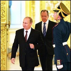 Самим фактом своего существования Россия отрицает паразитическое будущее Запада