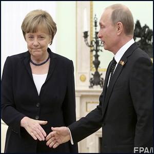 Меркель вдребезги разбила безбедное будущее Германии
