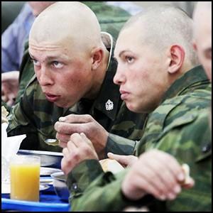 Российскую Армию опять старательно разрушают изнутри