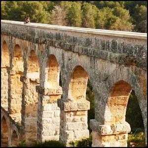 Акведуки: нестыковки европейской истории