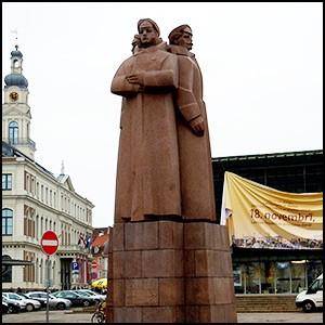 Латышская армия была бандой мародёров и карателей