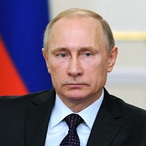 Почему Путин все ещё терпит либералов
