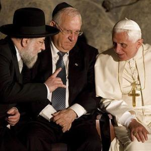 Что скрывают жрецы Ватикана?