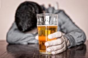 Алкогольный геноцид отступает в России