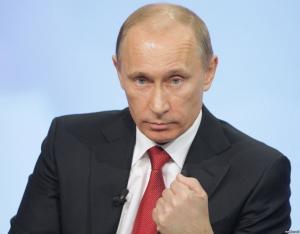 Владимир Путин постепенно меняет воров на нормальных людей