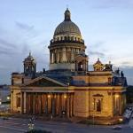 Исаакиевский Собор и церковные рейдеры