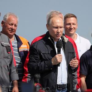 Крымский мост открыли без Сергея Аксёнова и его команды