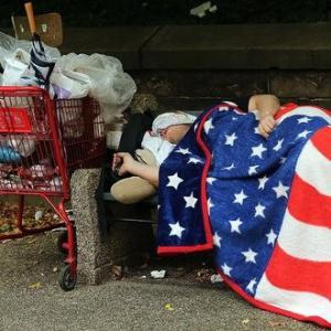 США – паразитическое государство не только по отношению к другим странам, но и к своему населению
