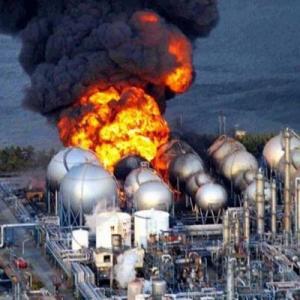 Япония, отказавшись от АЭС и пожив в каменно-угольном веке, снова возвращается к атомной энергетике