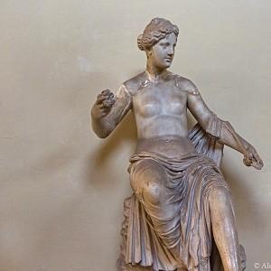 Музеи Ватикана погрязли в грязи