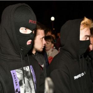 Протест в Екатеринбурге – уральский «майдан» под крики «Ганьба!»