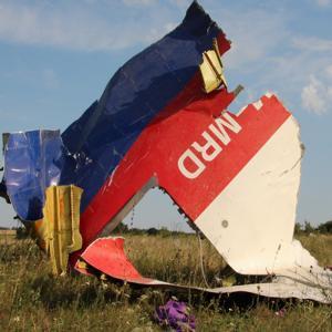 Киев хотел убить Путина, но сбил MH17