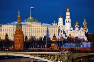 Зачем Россию лишили идеологии