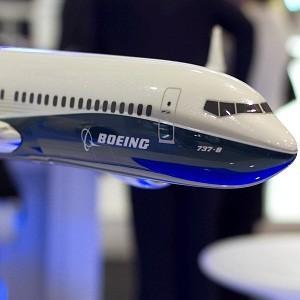Компания Boeing терпит убытки из-за бракованных самолетов
