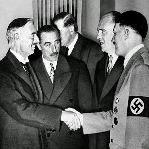 Англия действовала в интересах Гитлера