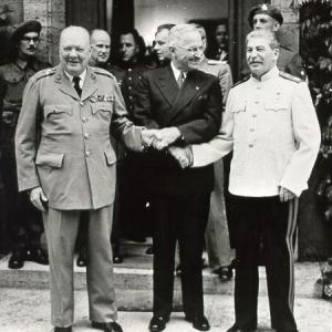 Как Сталин не допустил войны США с СССР