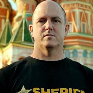 Сбежавший из США полицейский Марк Дуган о том, что там происходит