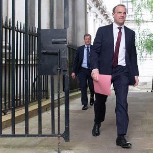«Фейковое» досье против России, Британия вновь обвинила Россию в проблемах Запада