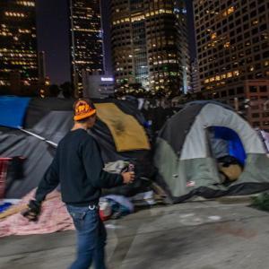 Голливуд и весь Лос-Анджелес превратили в клоаку с наркоманами и преступниками