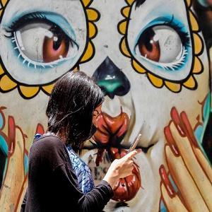 Всемирная организация здравоохранения, заявила, что карантин бесполезен, маски не нужны
