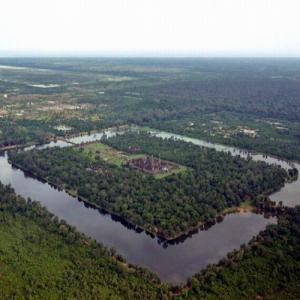 Древний Ангкор ставит в тупик современных псевдоучёных историков
