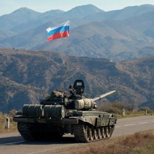 Россия, прекратив войну в Карабахе, спасла Донбасс и Приднестровье от подобного безумия
