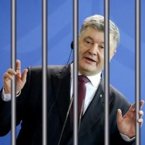 Украина, обратившись в Гаагский суд, сама может сесть на скамью подсудимых за военные преступления