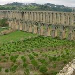 Кто построил «римские акведуки»?