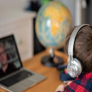Цифровая школа – эксперимент над детьми и их здоровьем