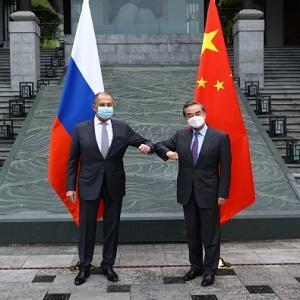 Россия и Китай против санкций и предлагает свои правила игры