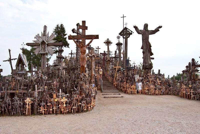 Церковь создала из бога страшное пугало для людей-идиотов
