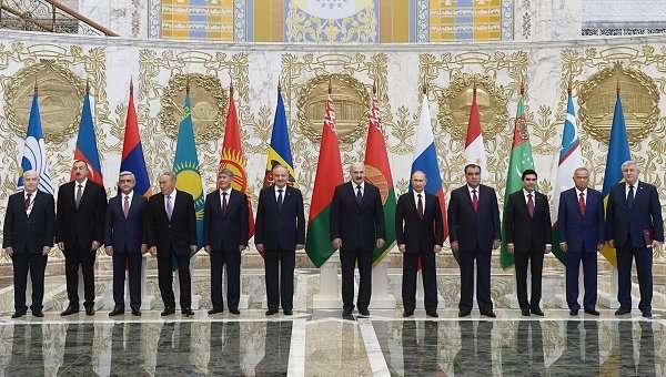 США торопятся развалить захваченный кусочек Русского Мира на Украине