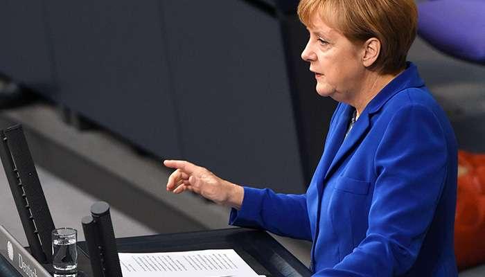 Остановить истерику фрау Меркель